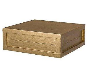 Caixa quadrada dourada