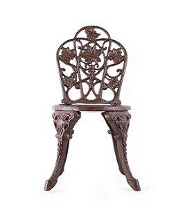 Cadeira boneca de ferro
