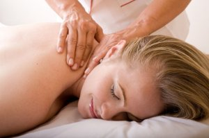Vale Massagem - Terapia 1h - Unidades Tereza Zanchi Shiatsu & Bem-Estar