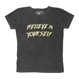 Camiseta Vamvaki Feminina Belive
