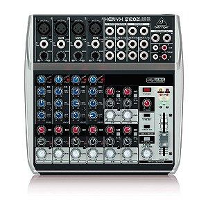Mesa De Som Analógica Com 12 Canais XENYX Q1202 USB - BEHRINGER