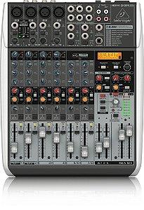Mesa de Som Analógica 12 Entradas XENYX QX 1204 USB - BEHRINGER