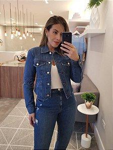 Jaqueta jeans sem cós com puído