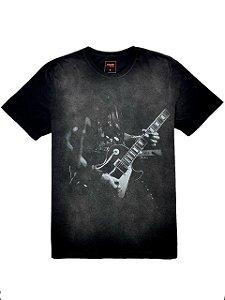 Camiseta Estampa Slash Guitar