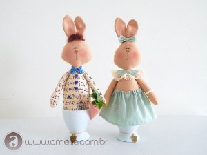 Casal de coelhos EggCup