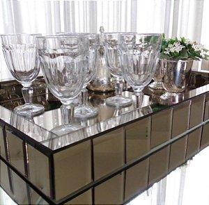 Bandeja Espelhada Bisotada Bronze 50x30x10