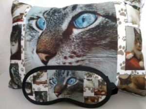 Kit Almofada 30x40cm personalizada + mascara de dormir