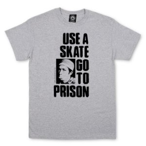 CAMISETA THRASHER USE A SKATE GO TO PRISION CINZA
