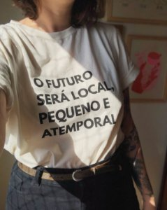 Camiseta O Futuro será local - Linha JS