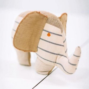 Elefante Chetan Bege