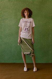 T-shirt Politizada e Com Tempo