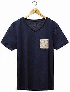 Camiseta Brasão Bolso  Marinho