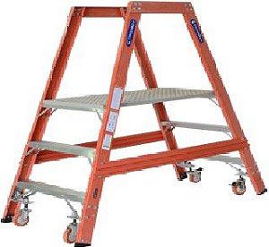 Escada Plataforma de Trabalho (EPT-110)