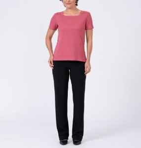 Blusa canelada reta decote quadrado com renda manga curta