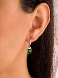 Argola mini argola com coração de zircônia esmeralda