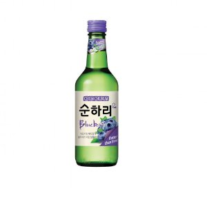Soju Lotte sabor BLUEBERRY (Mirtilo) com Copo para Shot - 360ml