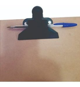 Prancheta De Eucatex C/ Pegador Plástico