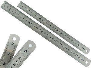 Kit Com 2 Réguas Metal Leve De Aço Inoxidável Tamanho 30 cm Marcação Baixo Relevo Escolar Escritório Engenheiro