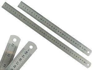 Kit Com 2 Réguas Metal Leve De Aço Inoxidável Tamanho 30 e 40 cm Marcação Baixo Relevo Escolar Escritório Engenheiro