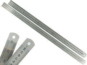 Kit 2 Réguas Escolar De Metal Aço Inox Tamanho 50 e 60 cm Engenheiro Escritório Resistente Marcação Baixo Relevo