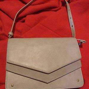 Bolsa tipo carteira com alça tiracolo removível
