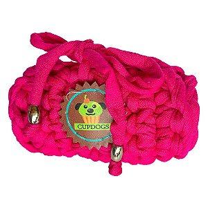porta- sacos em fio de malha vermelho