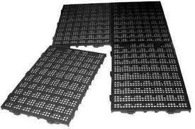 160 Estrados Plásticos 50x25x2,5 cm preto