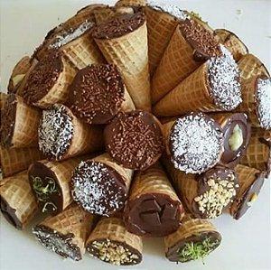 Cone Trufado (grande tradicional) c/ Chocolate Belga - Para REVENDA - 50 unidades