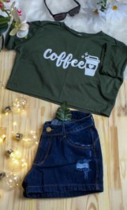Camiseta Feminina T-Shirt Cropped Season Colors Verde Escuro