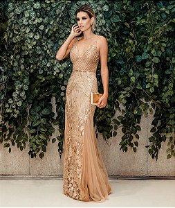 Vestido longo com aplicações e bordados
