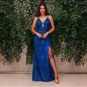 Vestido longo azul bic com aplicações e bordados