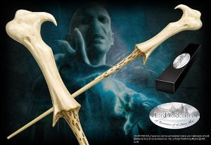Réplica Original Varinha de Lord Voldemort na caixa simples por Noble Collection