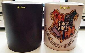 Caneca Mágica Hogwarts