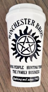 Copo com tampa Supernatural The Family Business