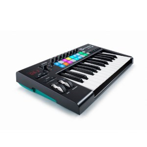Controlador Novation Launchkey 25 MK2 Usb