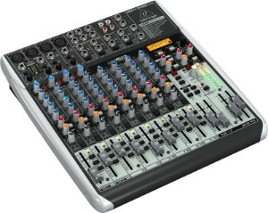 Mesa de Som Mixer Behringer Com 16 canais QX1622USB Bivolt