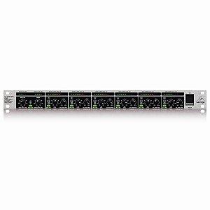 Mixer Behringer Ultralink Pro MX882 110V