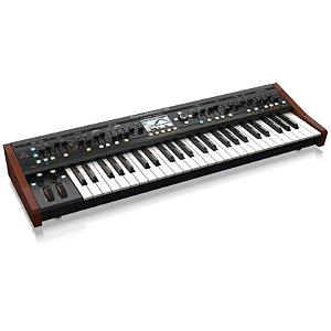 Sintetizador Behringer Deepmind12 com 12 vozes e 4 FX eng.