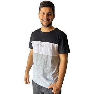 Camiseta VON DER VÖLKE COLORBLOCK TWEE PRETO