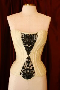 Overbust corset model in pure silk shantung
