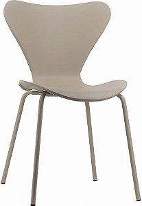 Cadeira Jacobsen formiga Assento Polipropileno Fendi