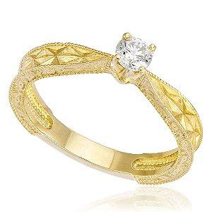 Anel Solitário de Ouro com Diamante