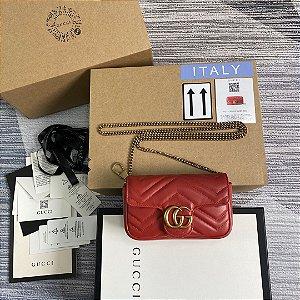 "Bolsa Gucci GG Marmont Matelassé Mini ""Red"""
