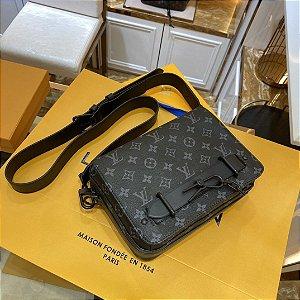 "Pochette Louis Vuitton ""Black"""