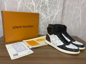 """Tênis Louis Vuitton Rivoli """"Monogram"""" (PRONTA ENTREGA)"""