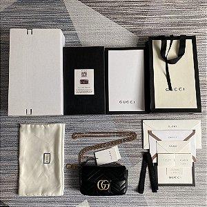"""Bolsa Gucci GG Marmont Matelassé Mini """"Black"""""""