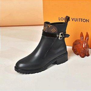 """Bota Louis Vuitton com cinto """"Black"""""""