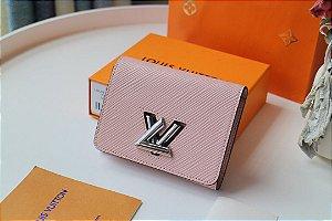 """Carteira Louis Vuitton Compacta Twist """"Rose Ballerine"""" (PRONTA ENTREGA)"""