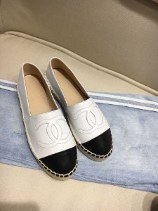 "Espadrille Chanel em Couro ""White"""