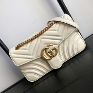 "Bolsa Gucci GG Marmont Matelassé Chevron ""White"" (PRONTA ENTREGA)"